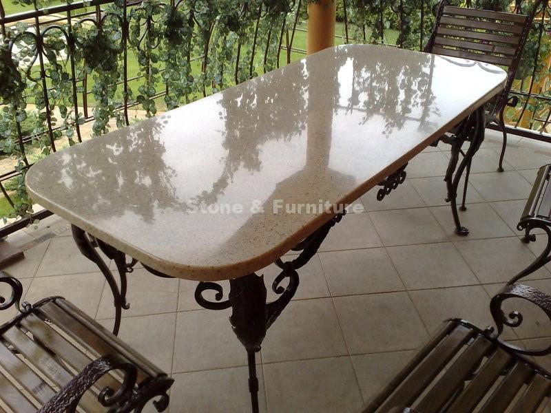 Акриловый стол